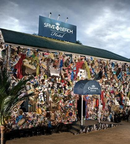 Corona + The world's first garbage hotel - J. Walter Thompson Madrid